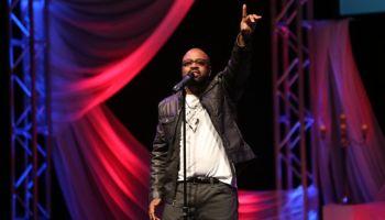 J. Moss Performs at Lamplighter Awards 2014