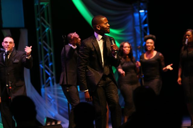 Donald Lawrence Performs At The Lamplighter Awards 2014
