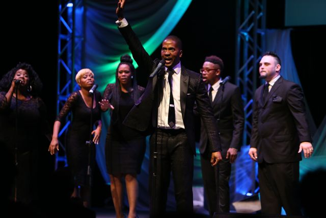 Donald Lawrence Performs at Lamplighter Awards 2014