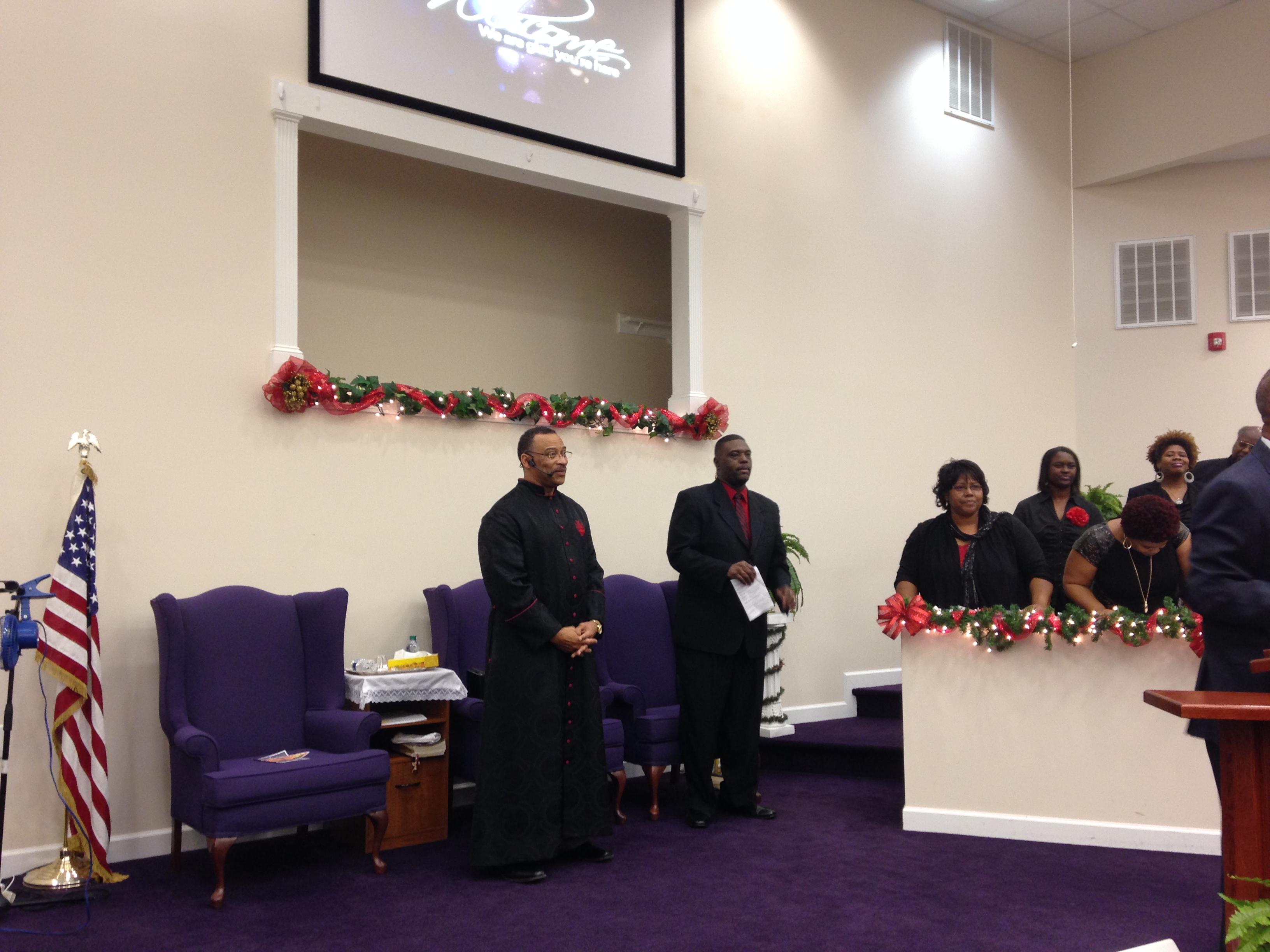Bishop Lynwood Earl Batts Receives November Pastor Of The