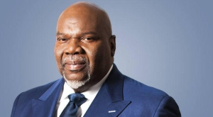 What Is T D  Jakes' BishopsVillage com? | The Light 103 9 FM