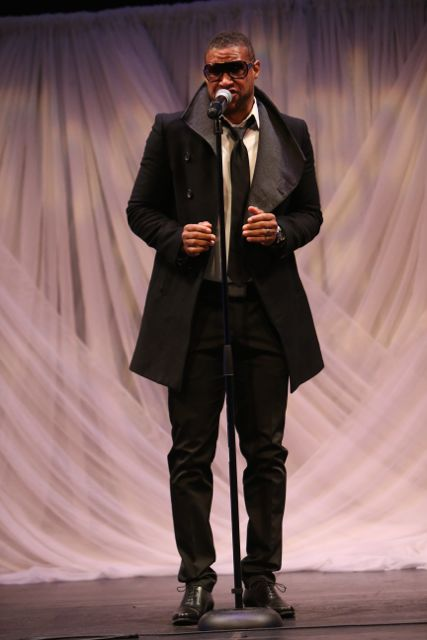 Tony Terry Performs At the Lamplighter Awards 2015