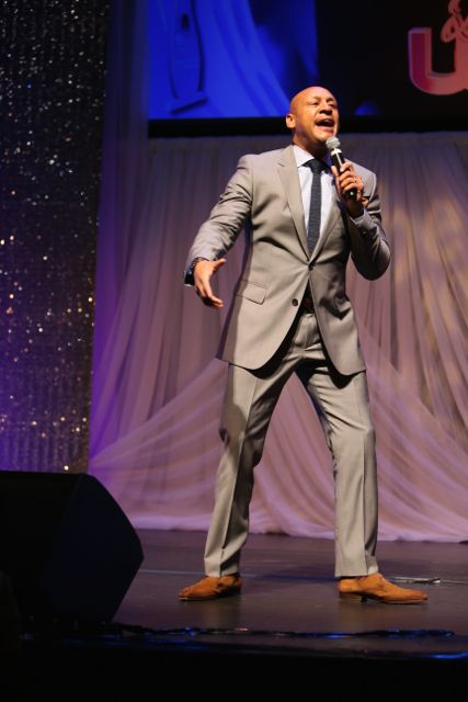 Brian Courtney Wilson Performs At The Lamplighter Awards 2015