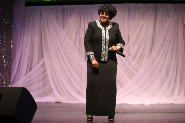 Shirley Caesar Performs At the Lamplighter Awards 2015