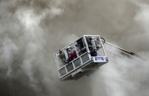 TOPSHOT-PHILIPPINES-FIRE-HOTEL